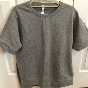 Lululemon T-shirt size 4
